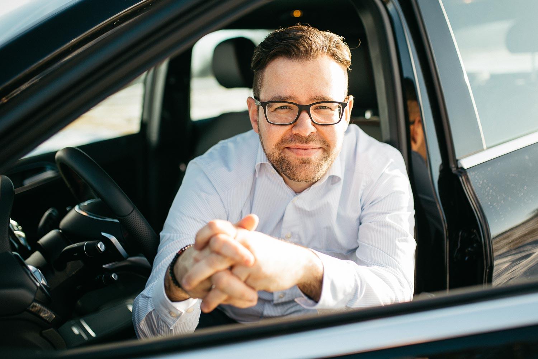Advertising sports photographer Oleg Trushkov - Lifestyle Driver